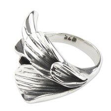The Victor Williams Sterling Silver Flower Ring