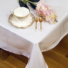 <strong>Violet Linen</strong> Clear Plastic Tablecloth