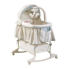<strong>Delta Children</strong> Clayton Bassinet
