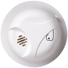 <strong>First Alert</strong> Battery Powered Smoke Alarm