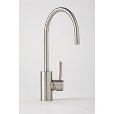 Parche One Handle Single Hole Kitchen Faucet with Built-In Diverter and Lever Handle