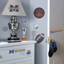 Collegiate Sports 25 Piece Appliqué Michigan Wolverines Wall Decal Set