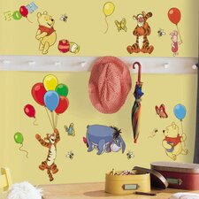 <strong>Room Mates</strong> Licensed Designs Pooh and Friends Wall Decal