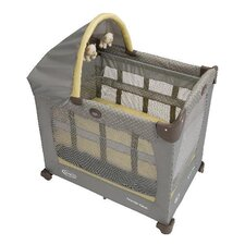 <strong>Graco</strong> Travel Lite Crib with Stages Bassinet