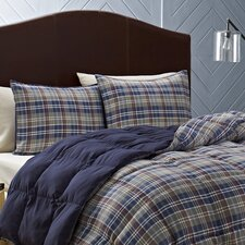 <strong>Eddie Bauer</strong> Rugged Plaid Comforter Set