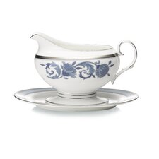 Sonnet 16 oz. Gravy Boat with Tray