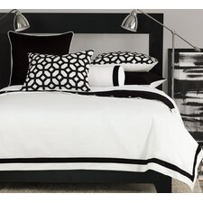 <strong>Niche</strong> Palmer Bedding Collection