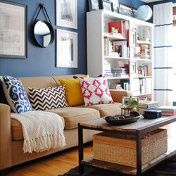 how to decorate a family friendly living room