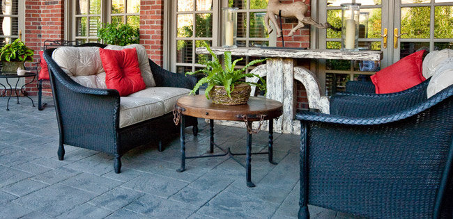 Patio furniture materials guide wayfair for Outdoor furniture wayfair