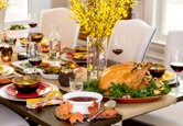 Top Ideas for Thanksgiving Decorating and Hosting