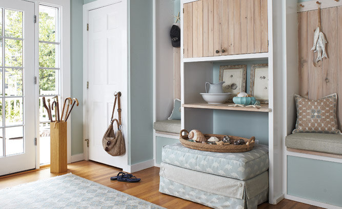 seaside cottage entryway