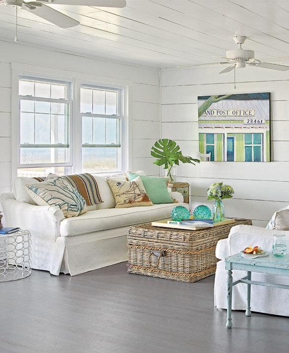 Beach Chic Coastal Cottage Home Tour With Breezy Design: Comfy Beach House - House Tour