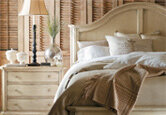 Decorate a Country Bedroom