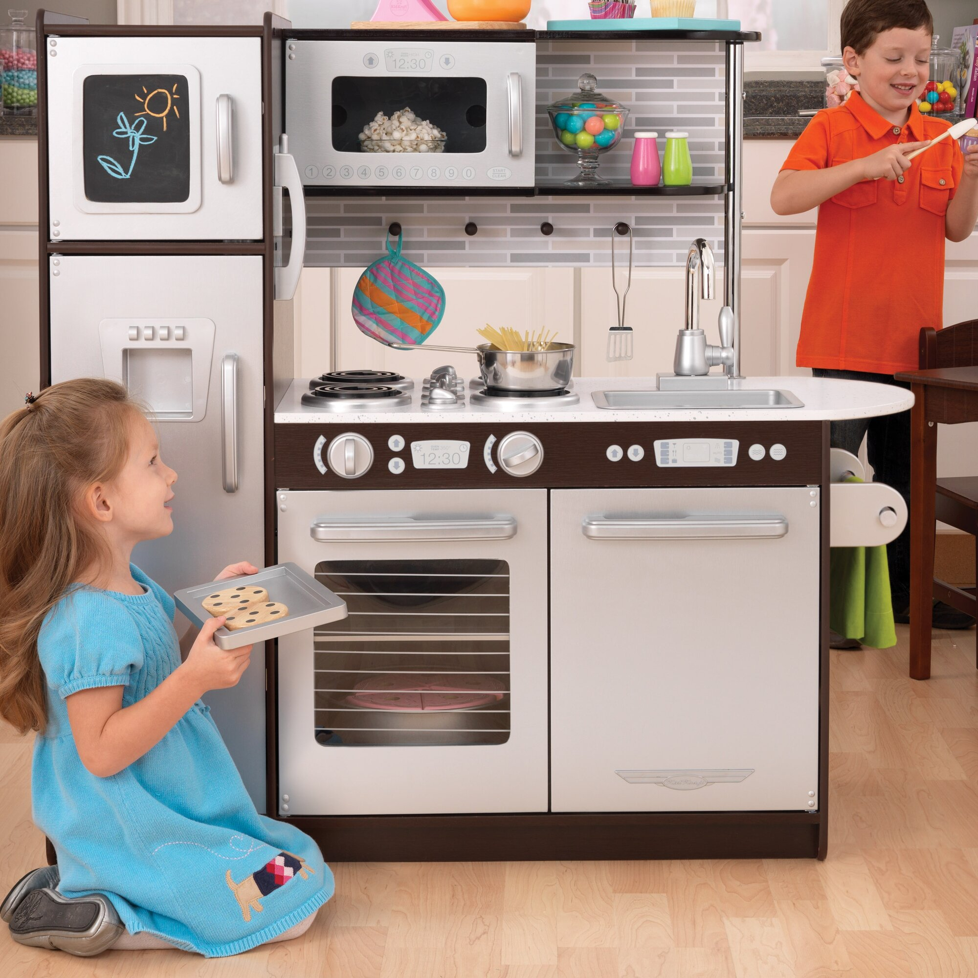 kidkraft uptown espresso kitchen refrigerator toddler kids pretend play set wood ebay. Black Bedroom Furniture Sets. Home Design Ideas