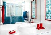 9 Colorful Bathroom Updates