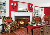 Living Room: A Warm, Traditional Makeover