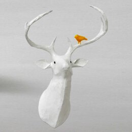 Deer Papier-Mâché Head Wall Décor