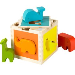 <strong>DwellStudio</strong> Zoo Shape Sorter