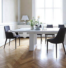 Opposites Attract: Black + White Dining
