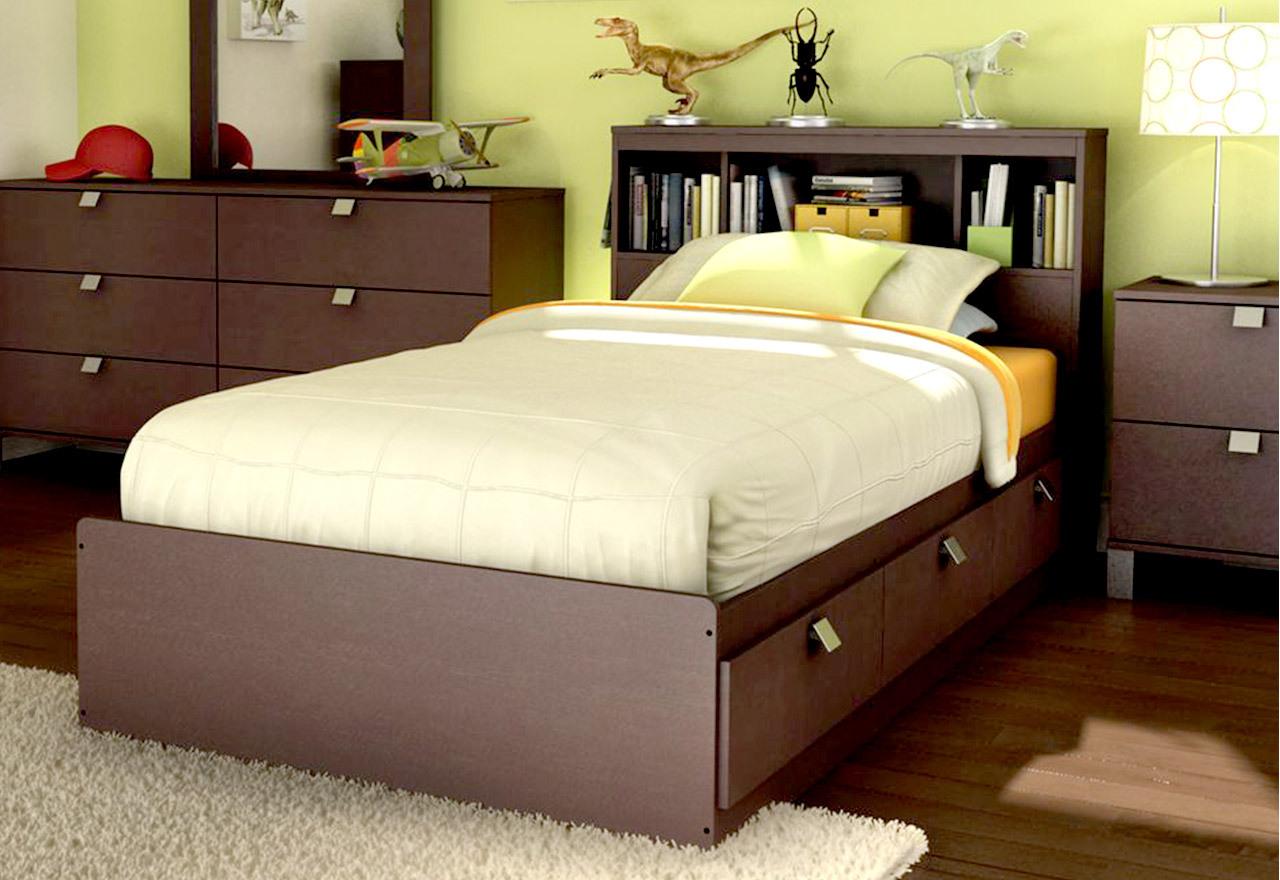 Teenage Dreams: Bedroom