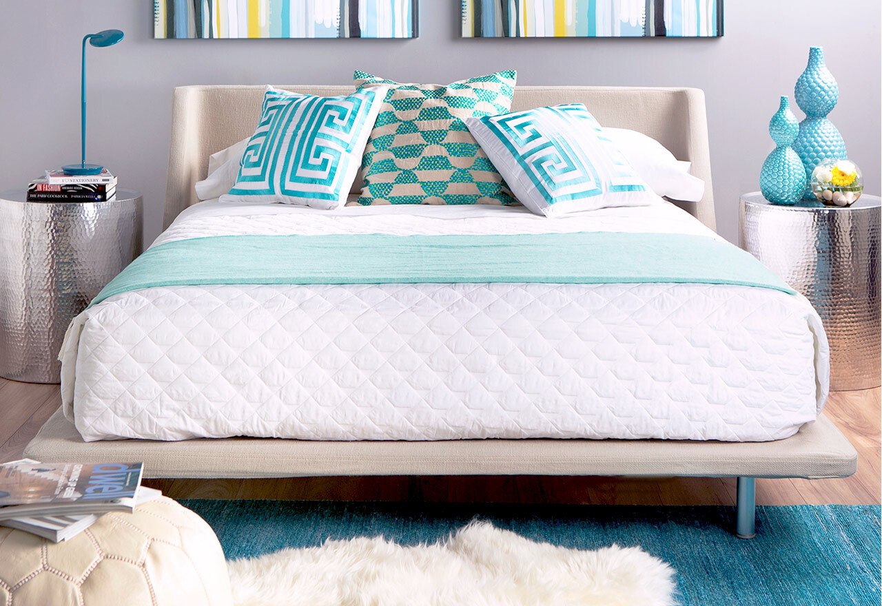 Turquoise Touches: Bedroom