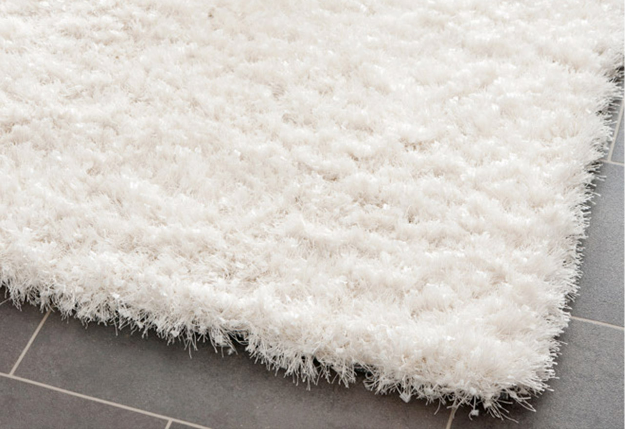 A Treat for Toes: Textured Rugs