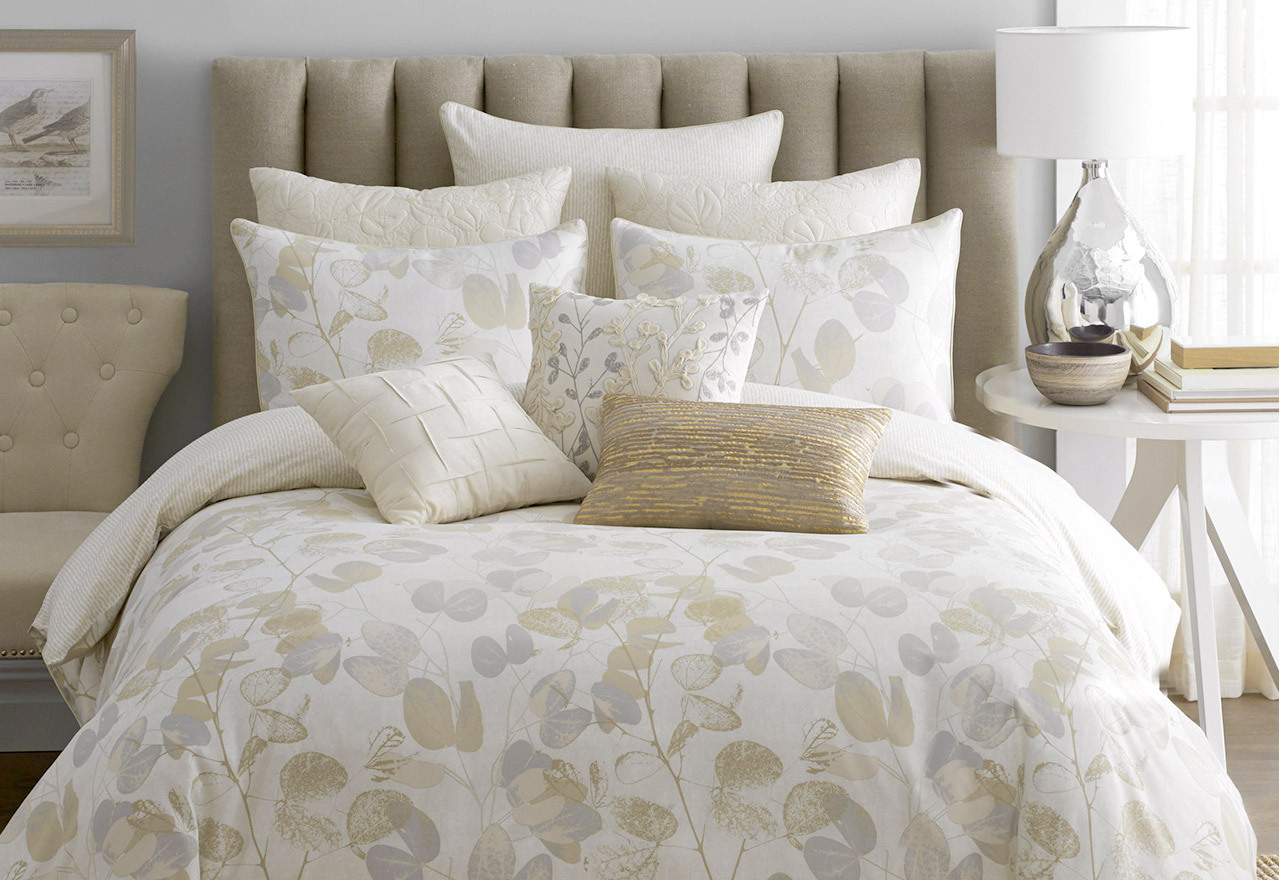 Neutral & Natural Bedding