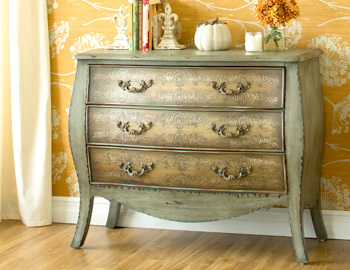 In the Details: Timeless Furniture