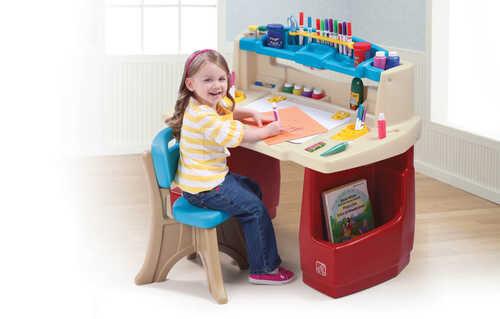children's art activity table